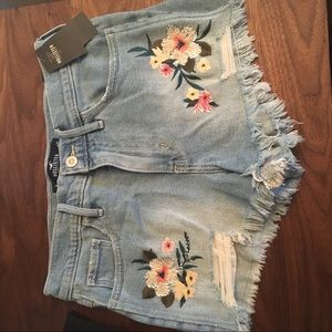 NWT High waist short shorts